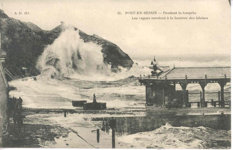 Port En Bessin Ad04 Barques Bassins